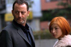 Jean Reno e la sciroppata Ryoko Hirosue